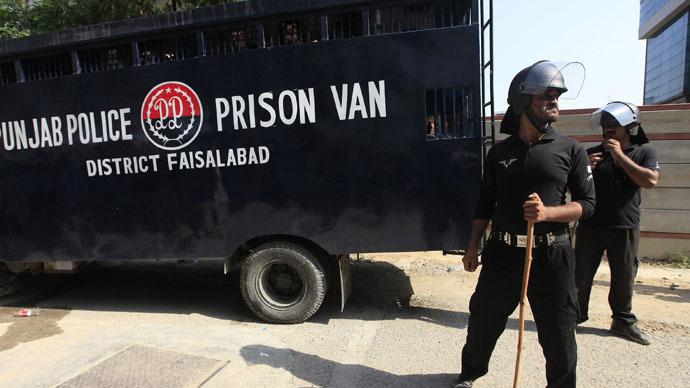 Pakistan ends death penalty moratorium for all death row prisoners