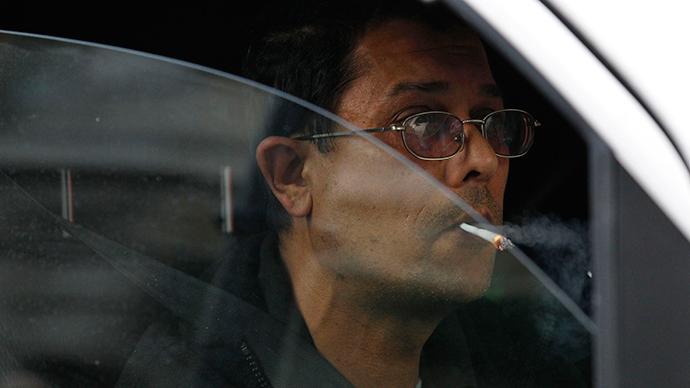 Don't smoke and drive: Russian NGO seeks tougher traffic smoking rules