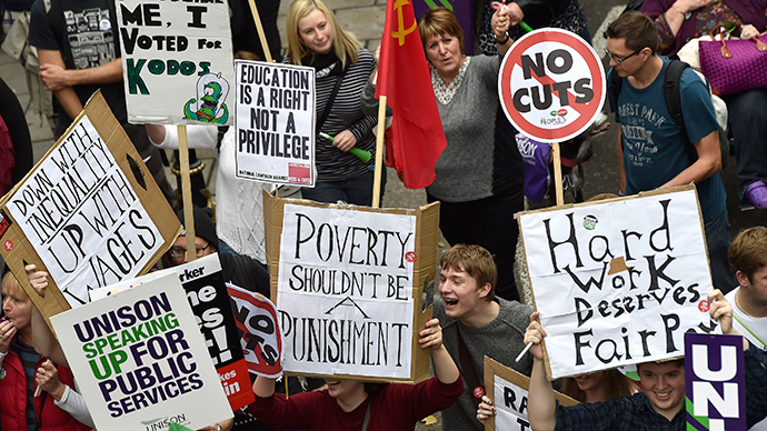 Fighting austerity: N Ireland braces for strike against budget cuts, largest in years