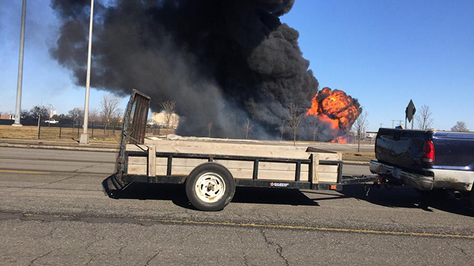 Massive tanker fire on I-94 outside Detroit, both directions shut down (VIDEOS, PHOTOS)