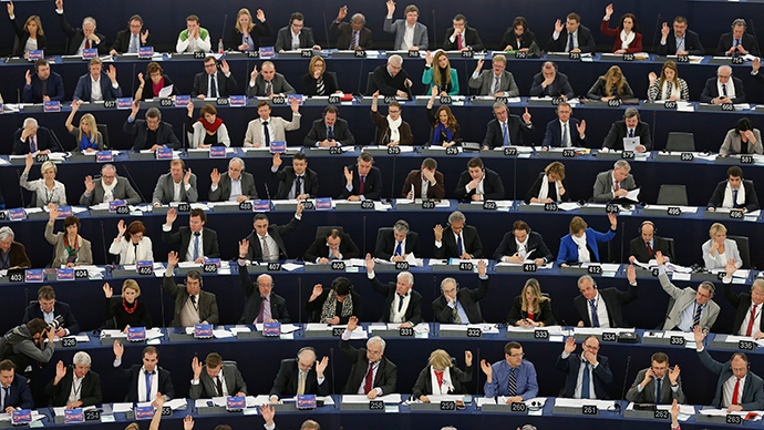 Members of the European Parliament take part in a voting session at the European Parliament in Strasbourg, March 11, 2015 (Reuters / Vincent Kessler)