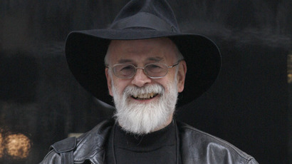 'Death, bring back Terry Pratchett!' Thousands of fans sign online petition