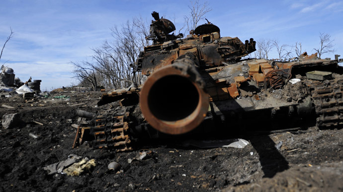 Russians accuse Kiev of ceasefire violations, poll shows