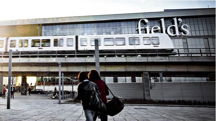 3 injured in Copenhagen shopping center shooting
