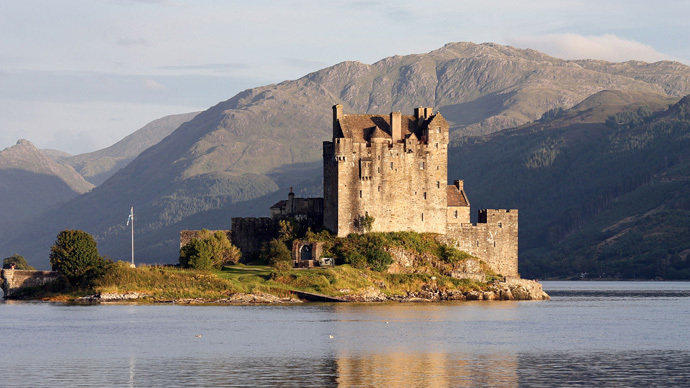 ​Great Scot! Irish holiday destination advertised with… a Scottish castle?