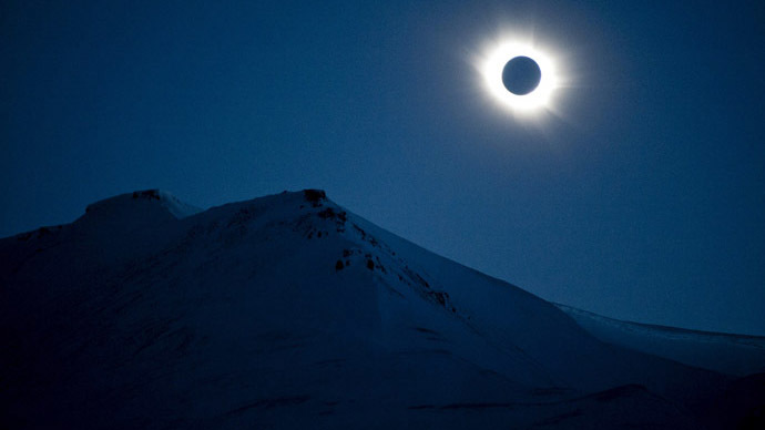 Primary school bans kids from watching solar eclipse for 'cultural and religious' reasons