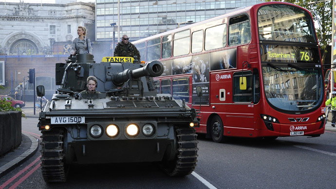 Tanks for your support! Reinstate Clarkson petition delivered to BBC by tank