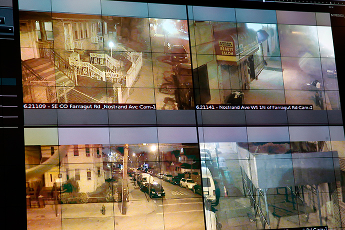 A display of the NYPD ShotSpotter gunfire-detection system is seen in New York March 16, 2015 (Reuters / Shannon Stapleton)
