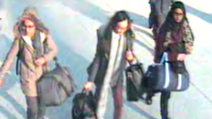 Travel bans issued for 5 British girls attending same school as runaway ISIS trio