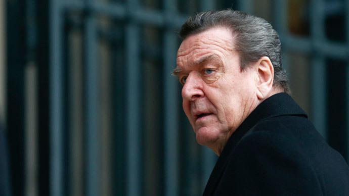 Ex-Chancellor Schroeder criticizes Merkel's Russia policy