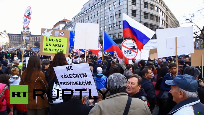 'Stop US Army': Czech activists protest military convoy (VIDEO)