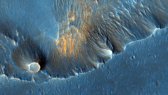 Top 10 breathtaking Mars pics taken from orbit