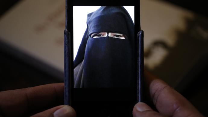 70 women, including 9 schoolgirls, left Germany to join ISIS – report