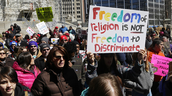 Indiana lawmakers alter 'religious freedom' law under public pressure