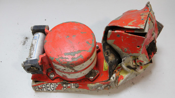Germanwings A320 crash: 2nd black box shows co-pliot accelerated during descent
