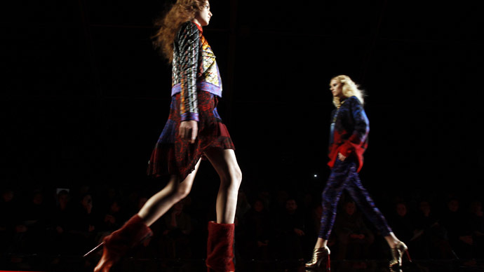 France bans super skinny models from catwalks