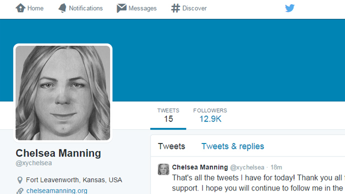 Whistleblowing Manning begins tweeting from prison