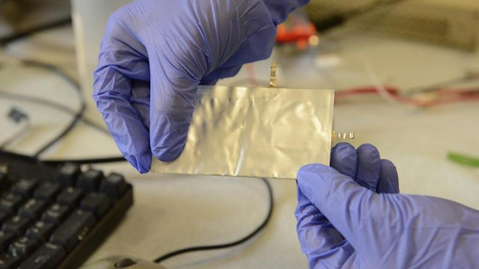 Cheaper, faster, safer: New battery charges in 1 minute