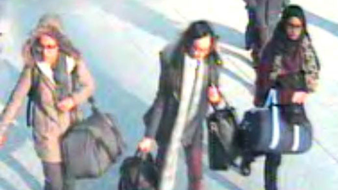 ISIS 'pop idol' status luring more British teenagers to Syria, warns prosecutor