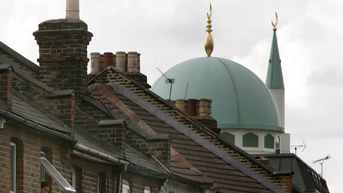 ​Building super-mosques 'not a great idea' – UKIP's Farage