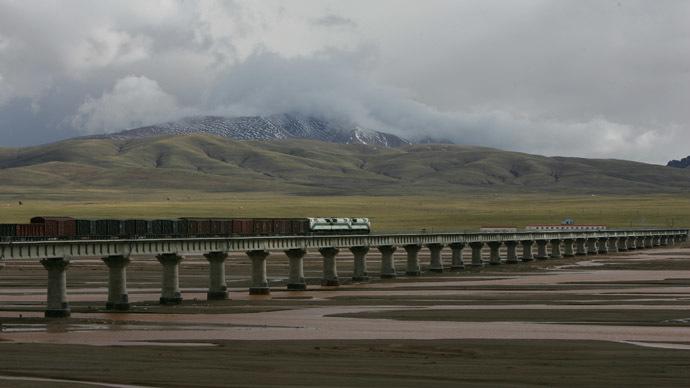 Digging under Everest: China eyes railway under world's highest mountain