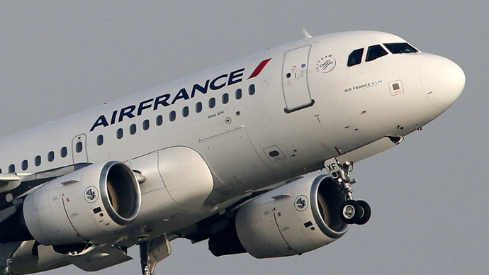 Air France flight bound to Tunis lands in Paris after emergency diversion