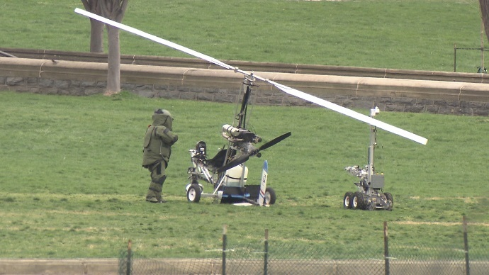 Small copter lands on Capitol lawn, area on lockdown