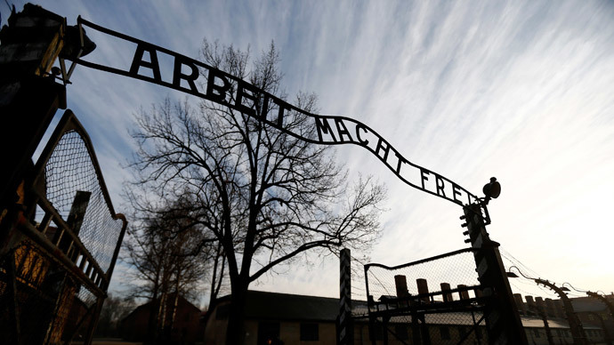 Heirs of Holocaust victims sue French train company over death camp deportations