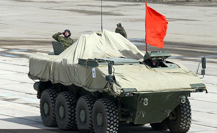 Bumerang wheeled troop transporter (image from http://mil.ru)