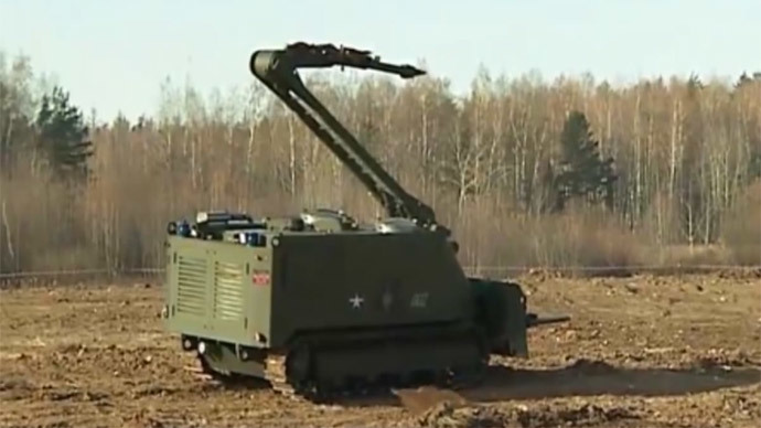 Military robots to shine at 2015 Russian army high-tech expo