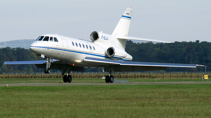Caffeine come-down: Serbian presidential plane plunges due to spilled coffee