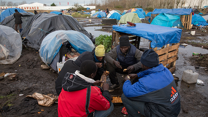 Food waste campaigners set up kitchen in Calais migrant camps