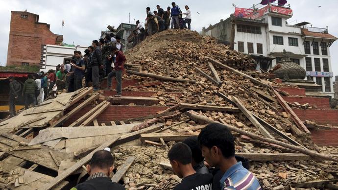 Devastating 7.9-magnitude quake strikes Nepal, India