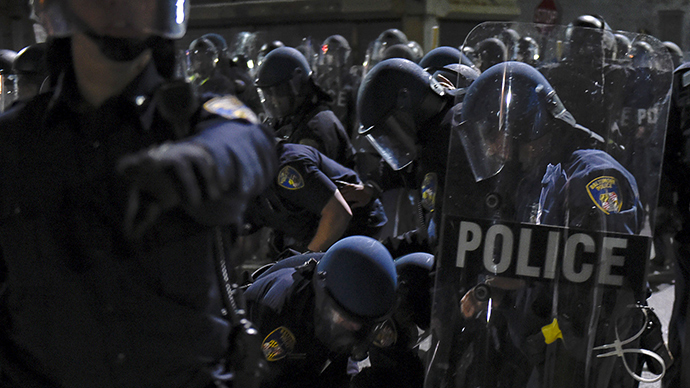 Bad day in Baltimore: Reporters beaten, detained by police, RT contributor robbed (VIDEO)