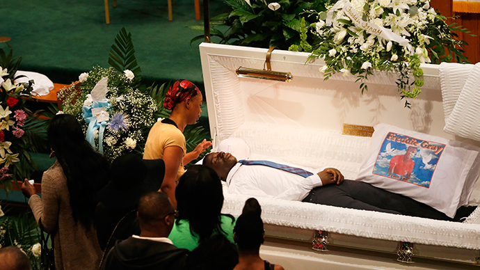 Crowd gathers for Freddie Gray funeral following weekend of protests