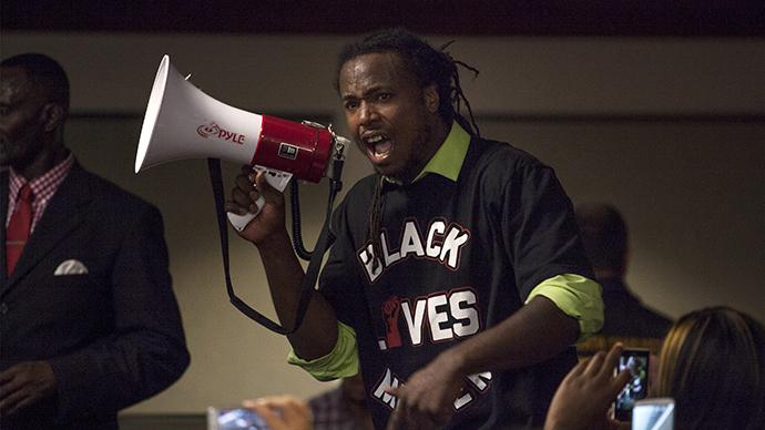 Black Lives Matter protesters take over Forever 21