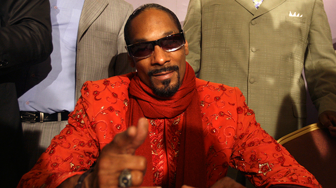 Trooper claims he was illegally reprimanded for Snoop Dogg snapshot