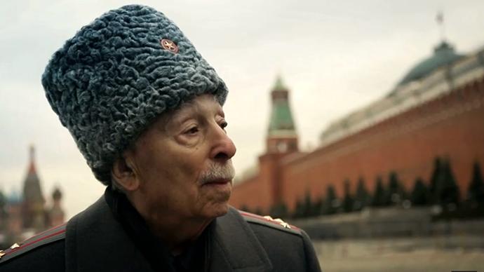 Meeting history: WWII veterans revisit memories of war