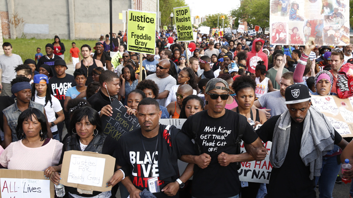 Baltimore mayor ends curfew a week into street protests