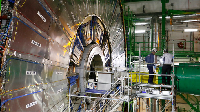 Revamped Large Hadron Collider smashes first photons after 2-yr break
