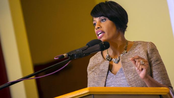 Baltimore mayor seeks DoJ review of police, announces mandatory body cam plan