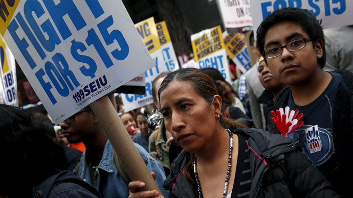 NY Gov. considers wage increases for fast food workers, bypassing lawmakers