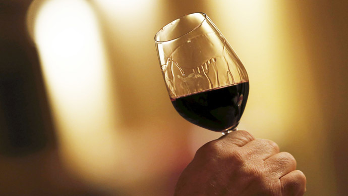 ​Glass of red wine a day is good for people with diabetes - study