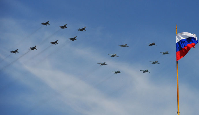 Mikoyan-Gurevich MiG-29 Fulcrum fighters and Sukhoi Su-25 Frogfoot ground-attack planes at the military parade to mark the 70th anniversary of Victory in the 1941-1945 Great Patriotic War. (RIA Novosti/Vladimir Sergeev)