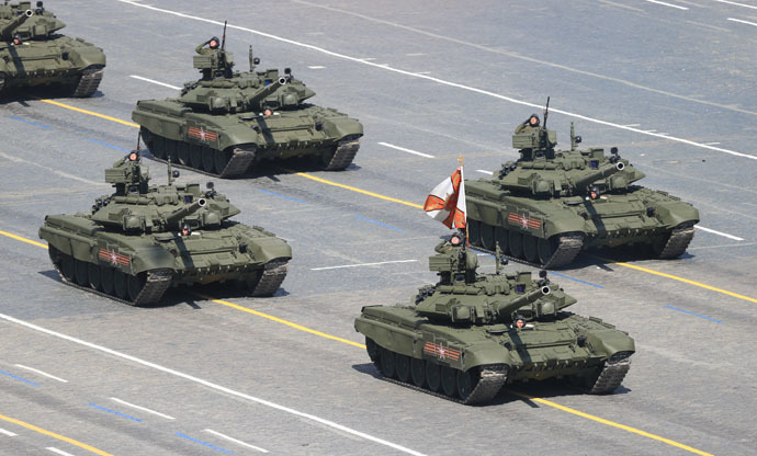 T-90A main battle tanks at the military parade to mark the 70th anniversary of Victory in the 1941-1945 Great Patriotic War. (RIA Novosti/Anton Denisov)