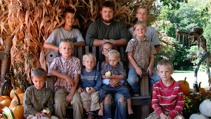 Free-range or abuse? 'Off-grid' Kentucky parents fights to get their 10 kids back