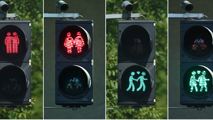 Vienna installs gay-themed traffic lights ahead of Eurovision 2015