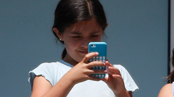 Cellphones, wireless devices connected to cancer - study