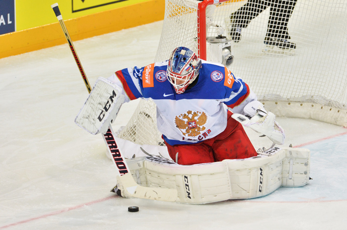 The man of the match, Russia's goalkeeper, Sergey Bobrovsky (RIA Novosti)