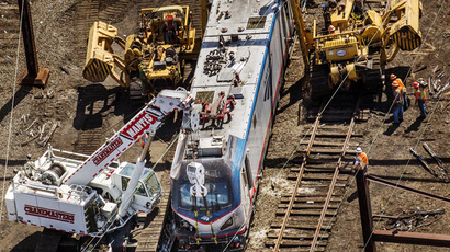 Amtrak engineer turns himself in, faces charges related to fatal 2015 crash
